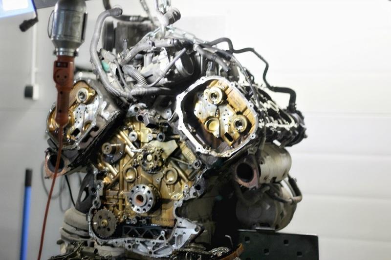 купить бу двигатель 21124 - Boomleru